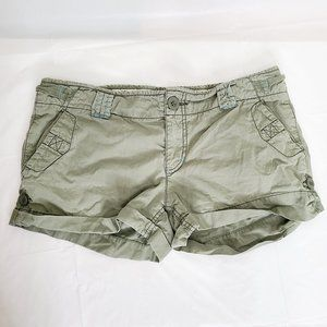 American Eagle Cargo 3in shorts